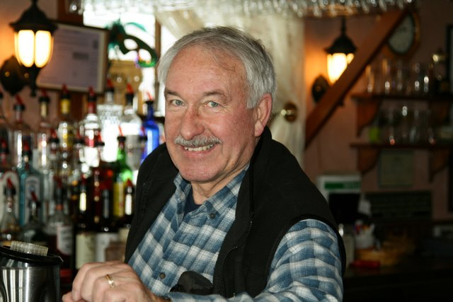 This is an opportunity for you to join an annual membership program to show  your support for Bud Chamberlin, his vision and hard work in creating Chamberlin's Ole Forest Inn, as well as helping keep the Inn alive in Curtis.