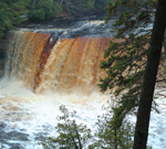Upper Tahquamenon Falls, Upper Michigan Waterfalls, Tahquamenon River, Tahquamenon Falls State Park